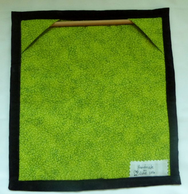 Frog.Rawedgeapplique.miniquilt.back