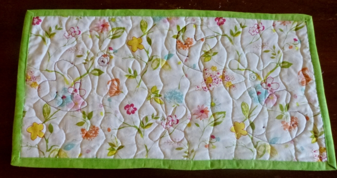 Quilted-Flower-Mat-Quilted-Flower-RawEdgeApplique-Back
